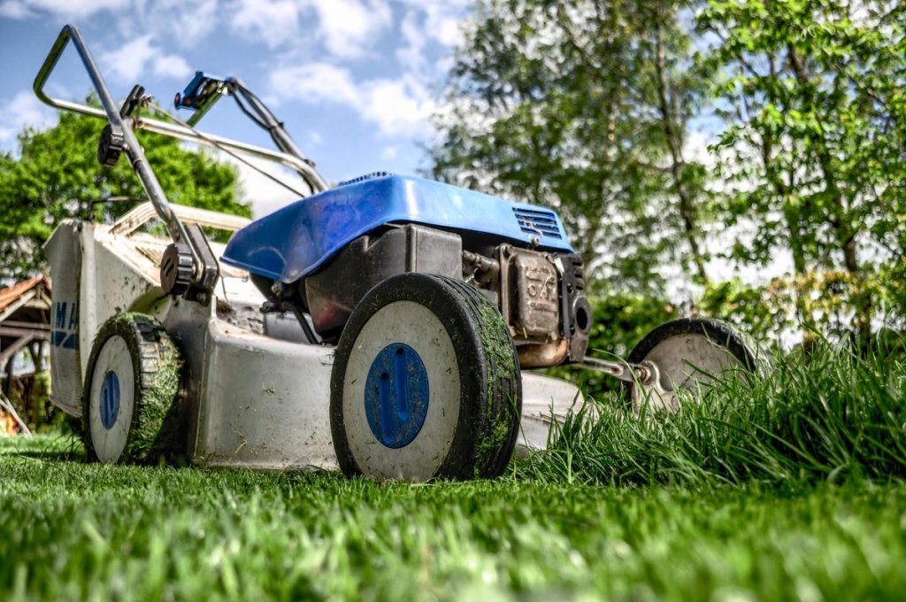 Mowing machine in lawn